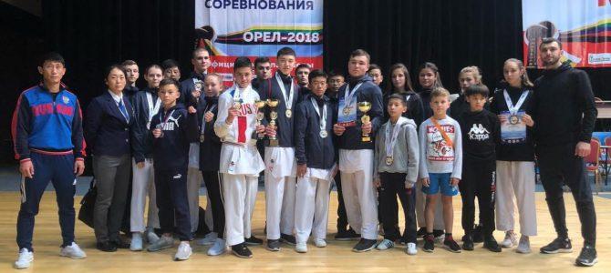Сахалинские каратисты завоевали 11 медалей всероссийских соревнований в Орле