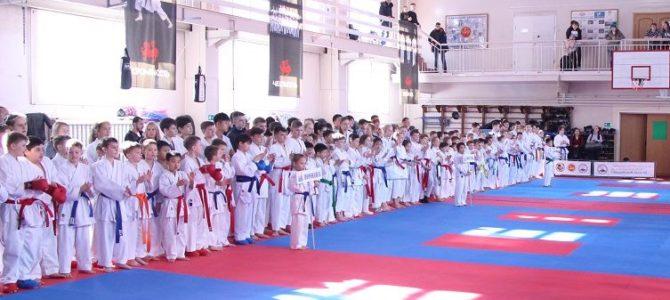 Региональные соревнования по каратэ WKF, посвященные Дню защитника Отечества прошли в Южно-Сахалинске