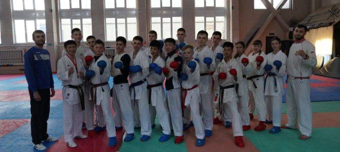 Сахалинские каратисты поборются за медали чемпионата и первенства ДВФО