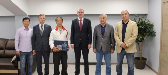 На Сахалине обсудили возможность проведения обменов между островной и международной федерациями каратэ