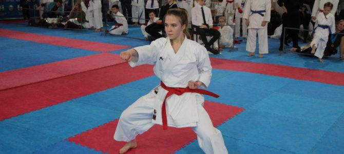 Сахалинские каратисты разыграют путевки на чемпионат и первенство Дальнего Востока по каратэ 2021
