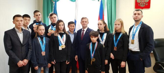 Сегодня министру спорта Сахалинской области исполнилось 45 лет