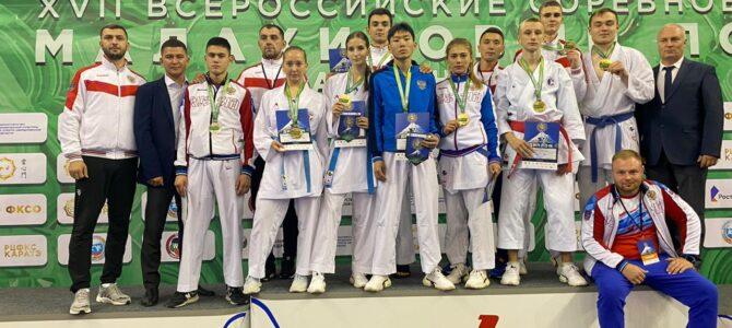 Островные каратисты завоевали 13 медалей всероссийских соревнований «Малахитовый пояс»