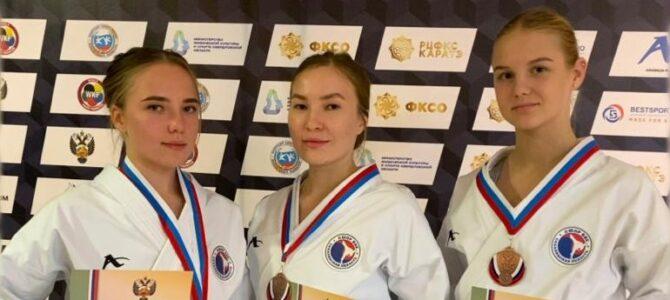 Островная сборная по каратэ завоевала три медали чемпионата России в Екатеринбурге