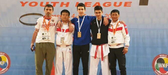 Сахалинские каратисты завоевали две медали международных соревнований