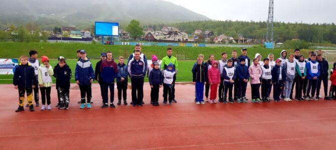 Воспитанники СШОР ВВЕ приняли участие в соревнованиях по легкой атлетике